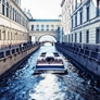 We offer tours and excursions in St. Petersburg